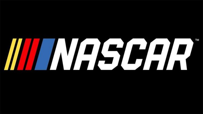 بازی NASCAR Heat 2