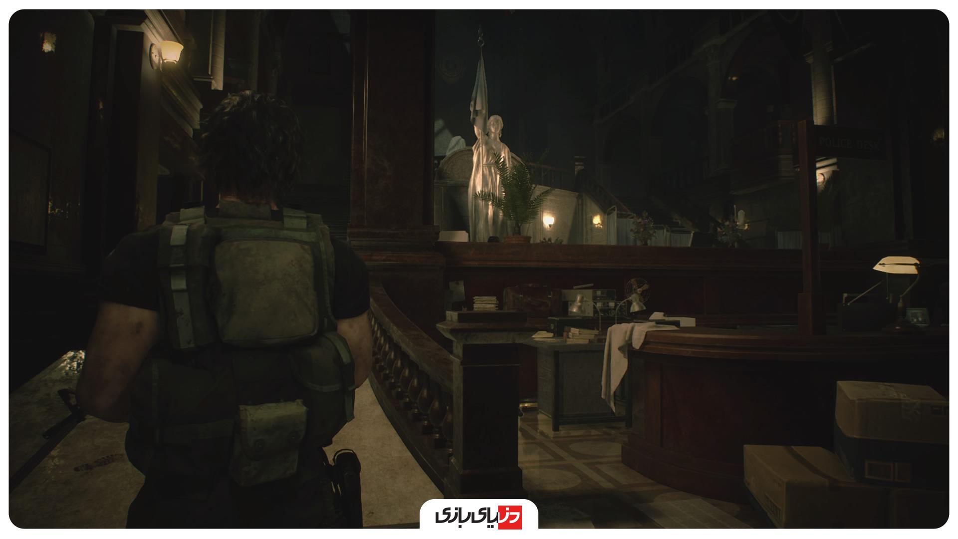 بررسی بازی رزیدنت اویل 3 ریمیک - حضور کارلوس در ادارهی پلیس سناریوی کوتاهی دارد.