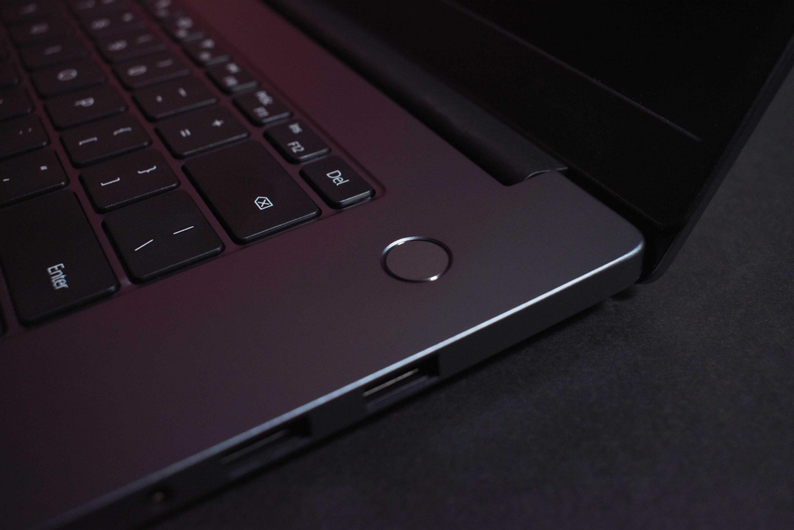 بررسی Huawei MateBook D15